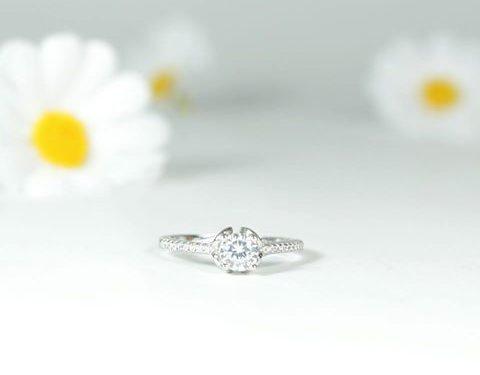 vinci un anello